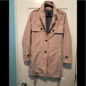 NEW Silvia Heach Trench coat